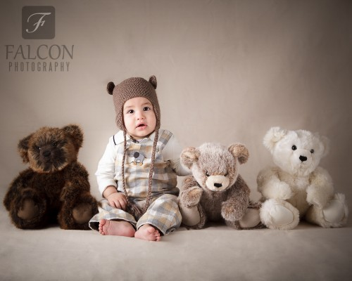 Falcon Photography 6 months bears