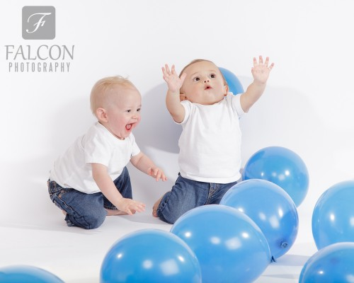 Falcon Photography 1 year old twins